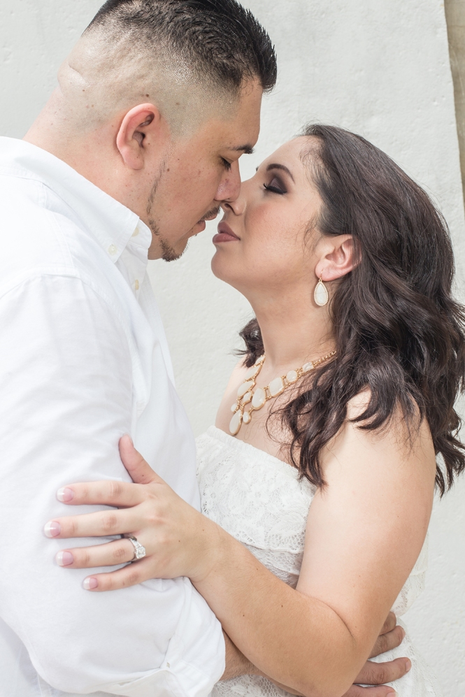 Nicole-&-Mike-E-Session_BLOG_BenBrionesStudios-28