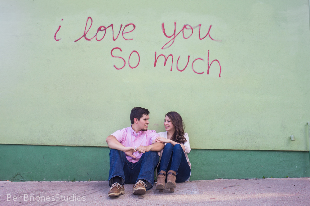 i love you so much austin wall mcallen photographer ben briones