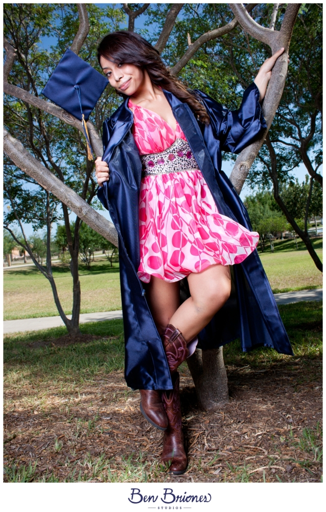 2011_06_02_Amanda Juarez Grad Session_PRINT-47_FB