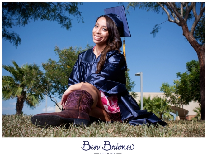 2011_06_02_Amanda Juarez Grad Session_PRINT-67_FB