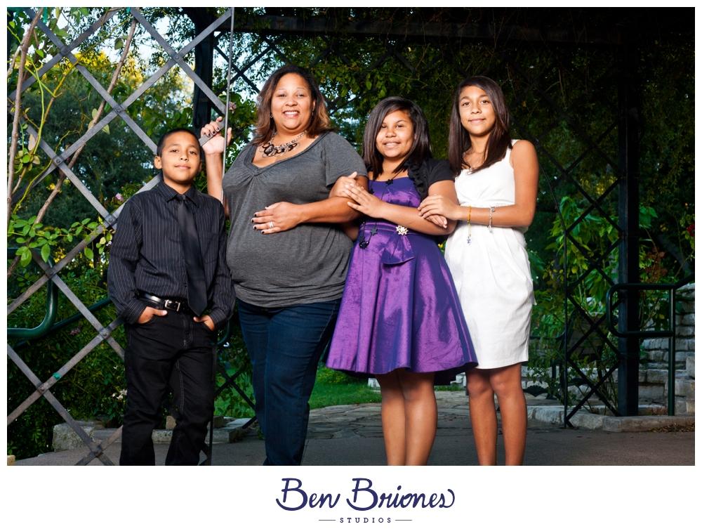Benoni Nunez Family_PRINT_BBP-270_FB