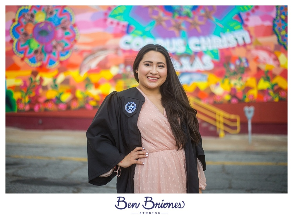04.22.17_BLOG_Desiree Grad Portraits_BBS-4104_BLOG