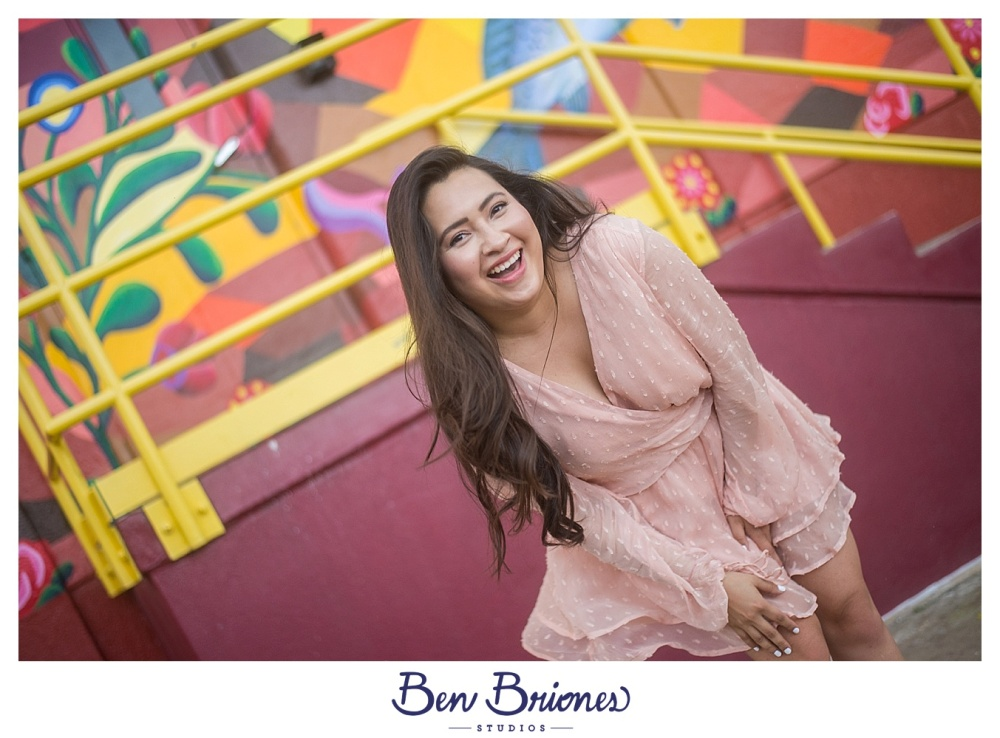 04.22.17_BLOG_Desiree Grad Portraits_BBS-4137_BLOG