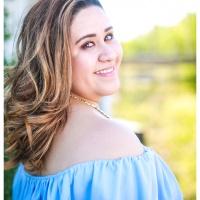 Claudia Alaniz - Grad Portraits - Ben Briones Studios