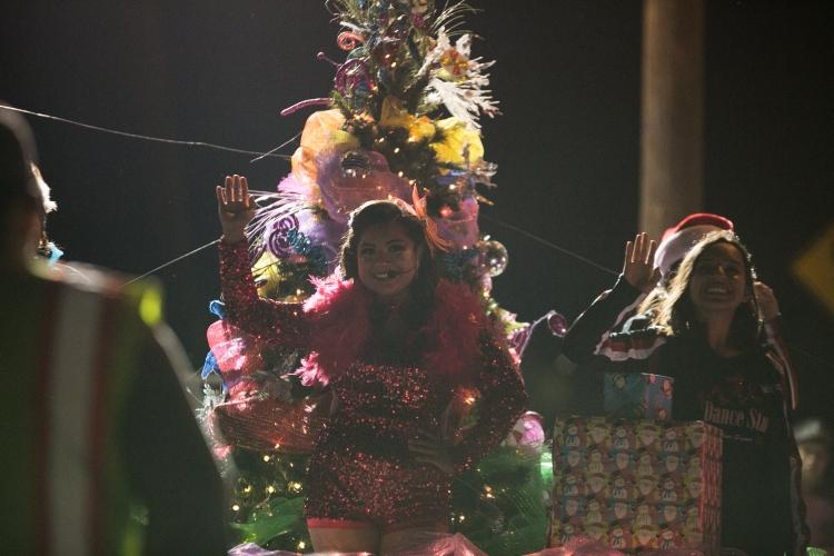 12.01.17_WEB_Edinburg Christmas Parade_BenBriones-3876