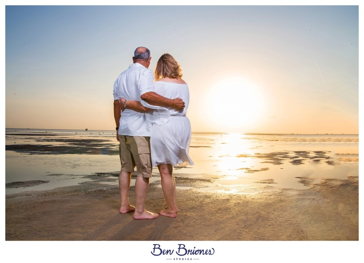 03.24.18_PRINT_Macarena Villarreal Beach Shoot_BBS-9374_WEB