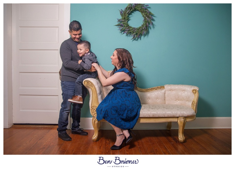 11.25.17_PRINT_Garay Family Session_BBS-9614_WEB