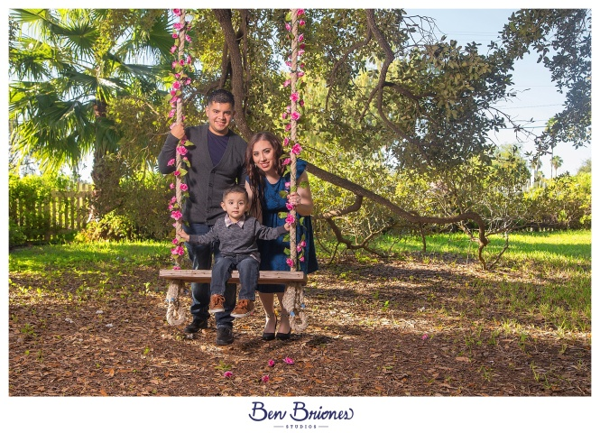 11.25.17_PRINT_Garay Family Session_BBS-9700_WEB