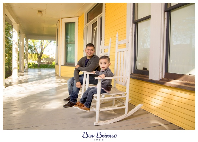 11.25.17_PRINT_Garay Family Session_BBS-9738_WEB