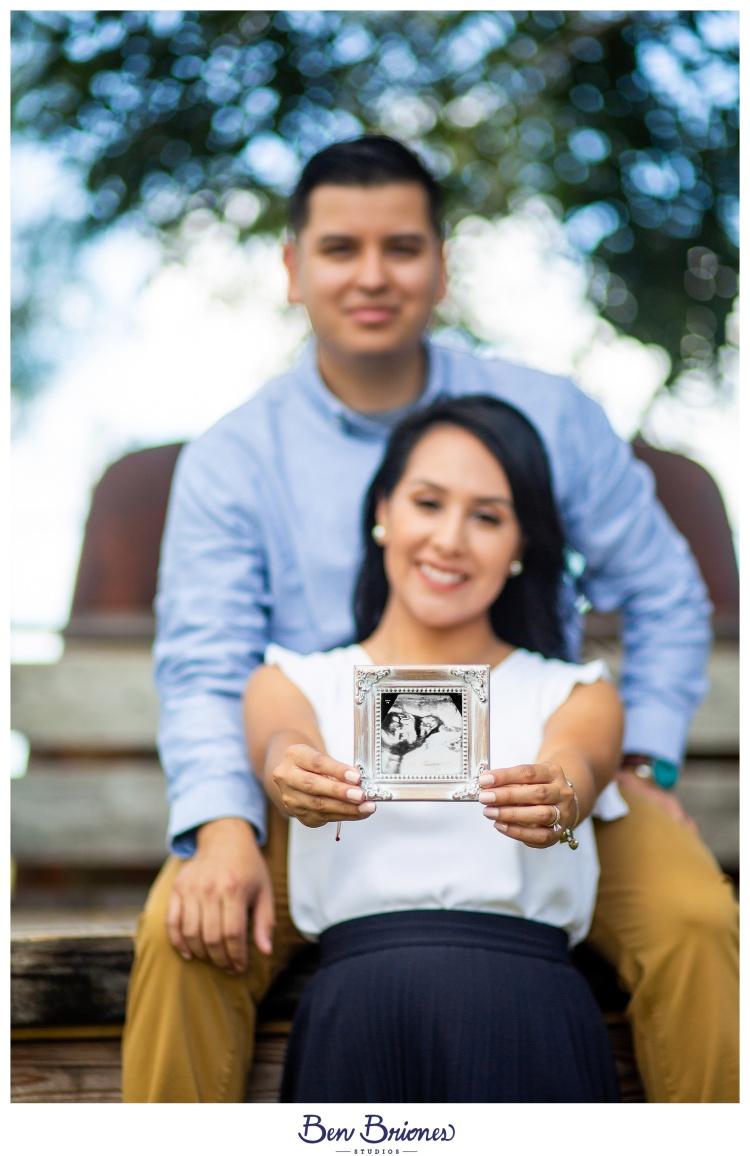 10.07.18_HighRes_Kelly Jonathon Pregnancy Annoucement_BBS-9841_WEB