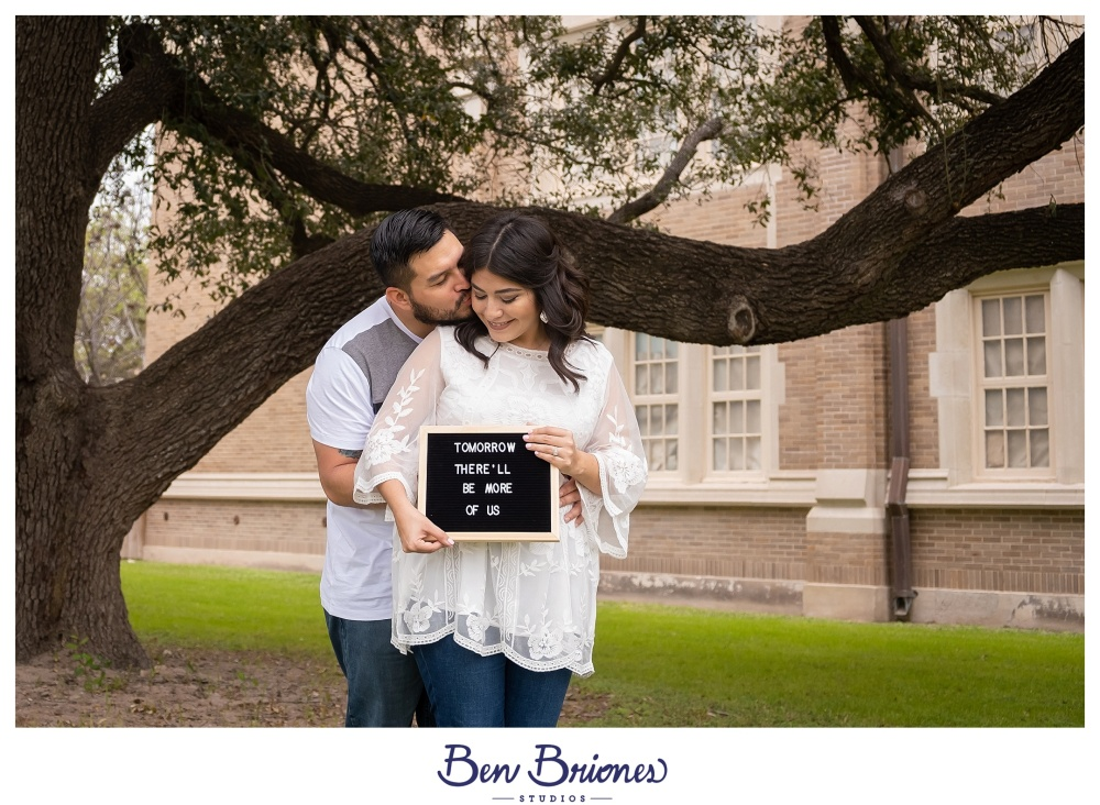 02.17.19_HighRes_Britny Ignacio Baby Announcement_BBS-1963_WEB