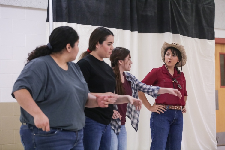 03.25.19_WEB_Gardens Invisible - Latino Theatre Initiative_BBS-9790