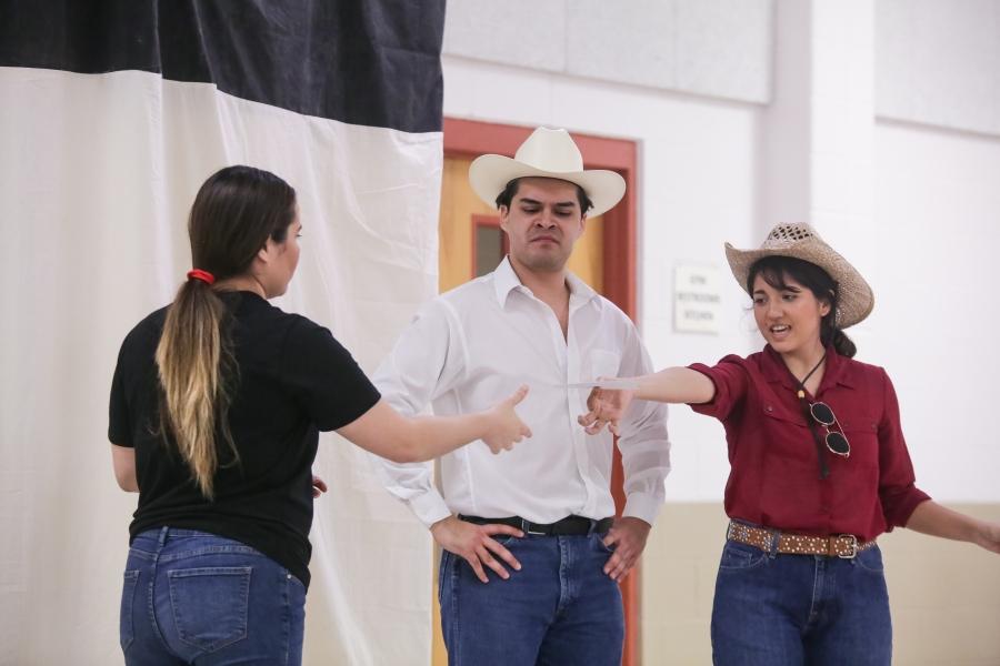 03.25.19_WEB_Gardens Invisible - Latino Theatre Initiative_BBS-9847