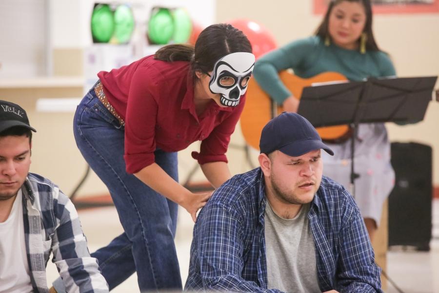 03.25.19_WEB_Gardens Invisible - Latino Theatre Initiative_BBS-9895