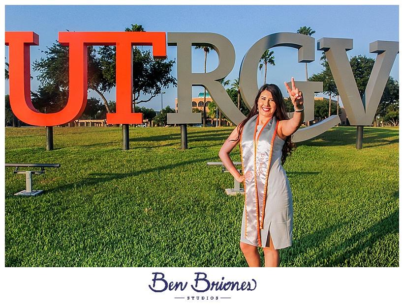 06.08.19_High Res_Sarah Ruiz Grad Session_BBS-45_WEB