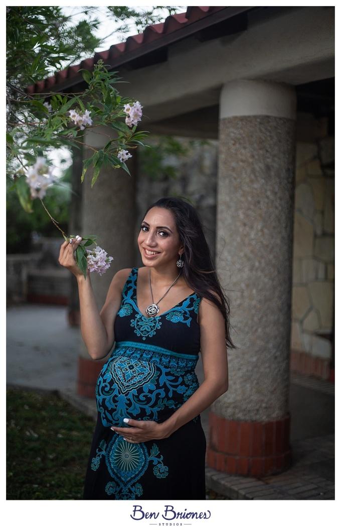 07.06.19_High Res_Elizabeth Maternity Session_BBP-5954